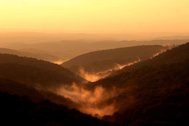 תמונות רקע - נוף הרים, עננים